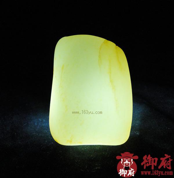 重177克 新疆和田玉黄皮白玉籽料(实价)