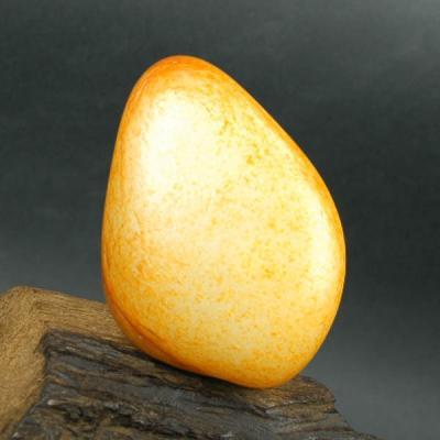 重192克 新疆和田玉枣红皮白玉籽玉 原石