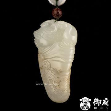 新疆和田玉黄皮白玉籽玉把件 鹅衔如意 87.8克