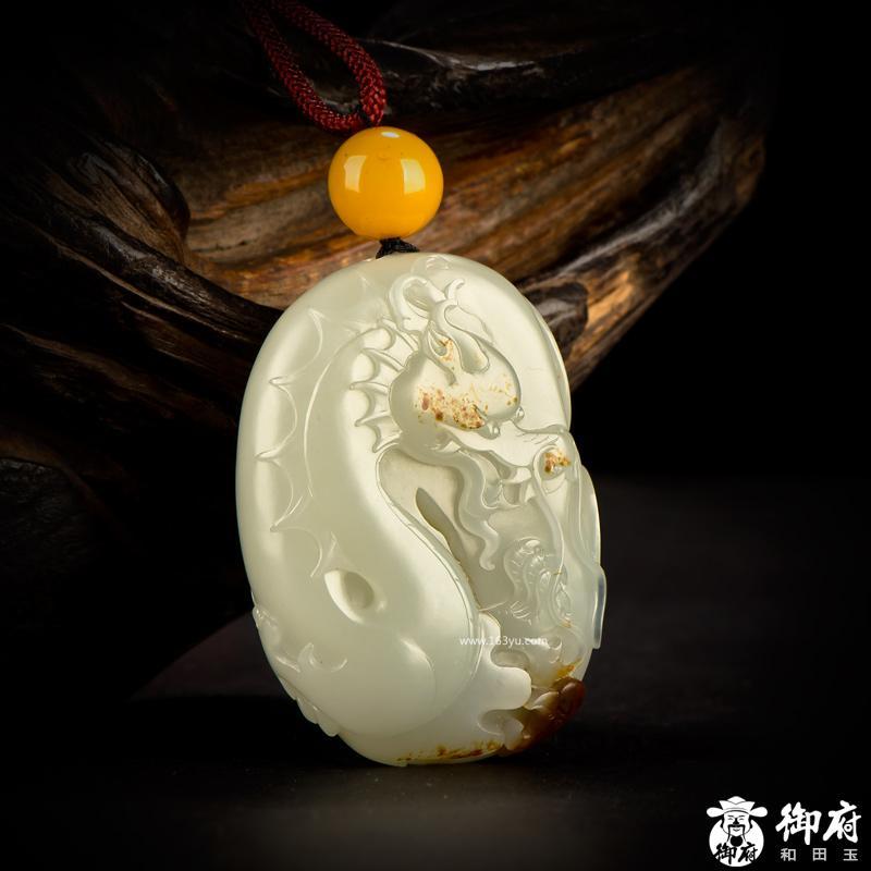 新疆和田玉枣红皮籽玉把件 龙凤呈祥 95.6克