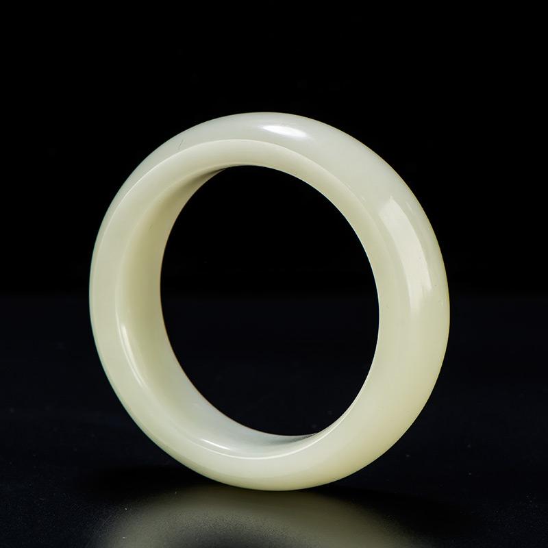 新疆和田玉白玉籽玉手镯 内径57.3mm 115.7克