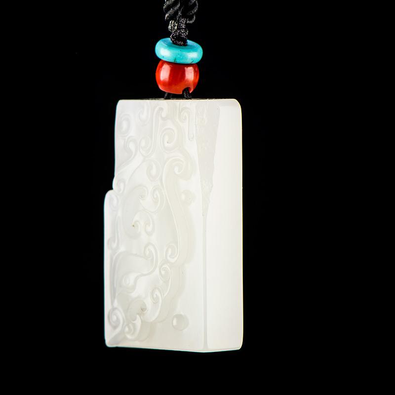 新疆和田玉原毛孔皮一级白白玉籽玉玉牌 仿古兽面 14.8克