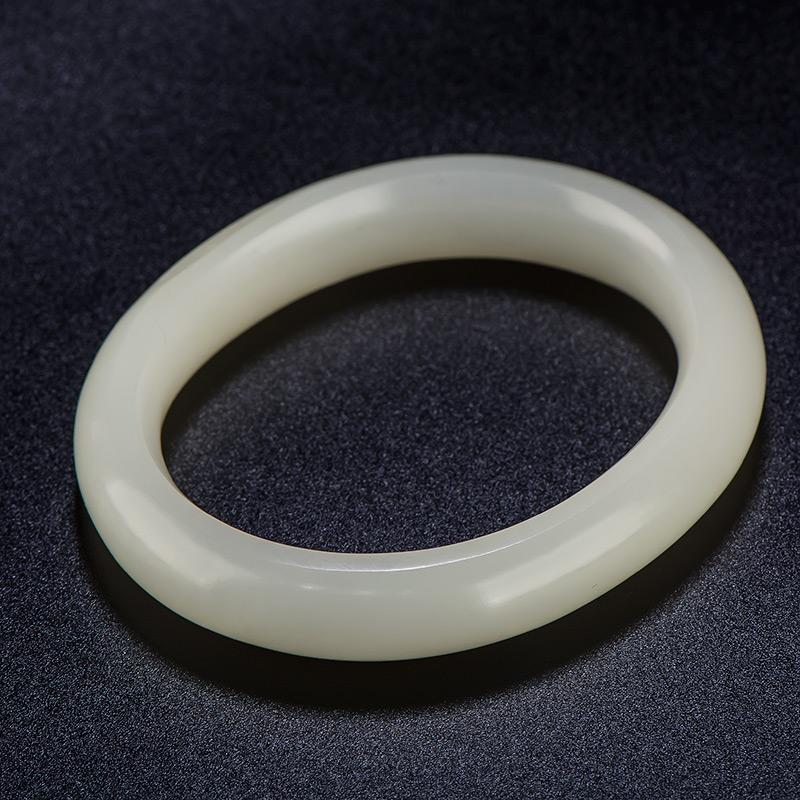 新疆和田玉原毛孔皮羊脂白玉籽玉 贵妃镯 内径宽49.5mm 53克