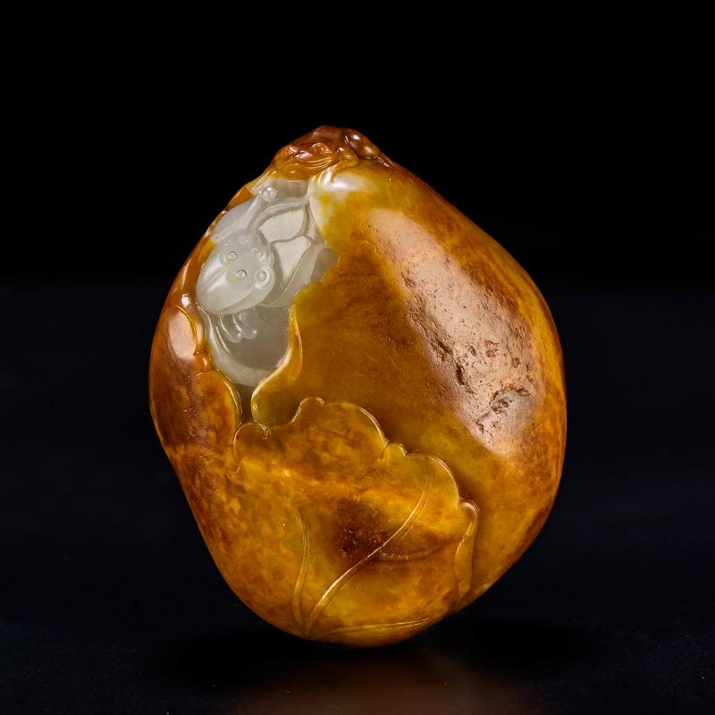 新疆和田玉枣红皮籽玉把件 一品清廉  101.8克