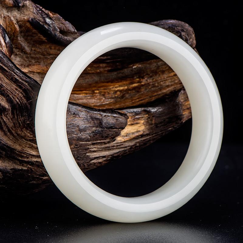新疆和田玉原毛孔皮一级白白玉籽玉 手镯 内径57.5mm 68.3克