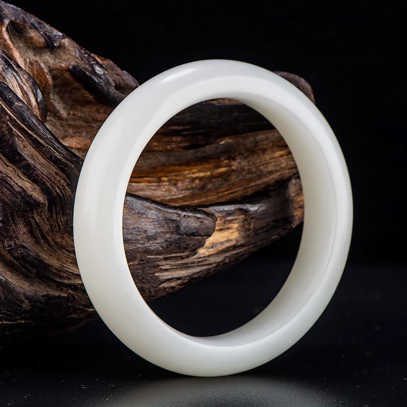 新疆和田玉原毛孔皮一级白白玉籽玉 手镯 内径58mm 68.2克