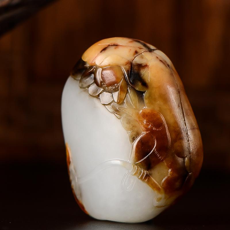 新疆和田玉枣红皮一级白白玉籽玉挂件 喜事连连 15克