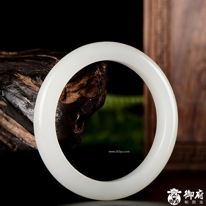 新疆和田玉原毛孔皮羊脂白玉籽玉手镯 33.8克