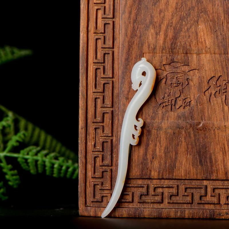 新疆和田玉黄皮羊脂白玉籽玉挂件 凤首玉簪 2.3克