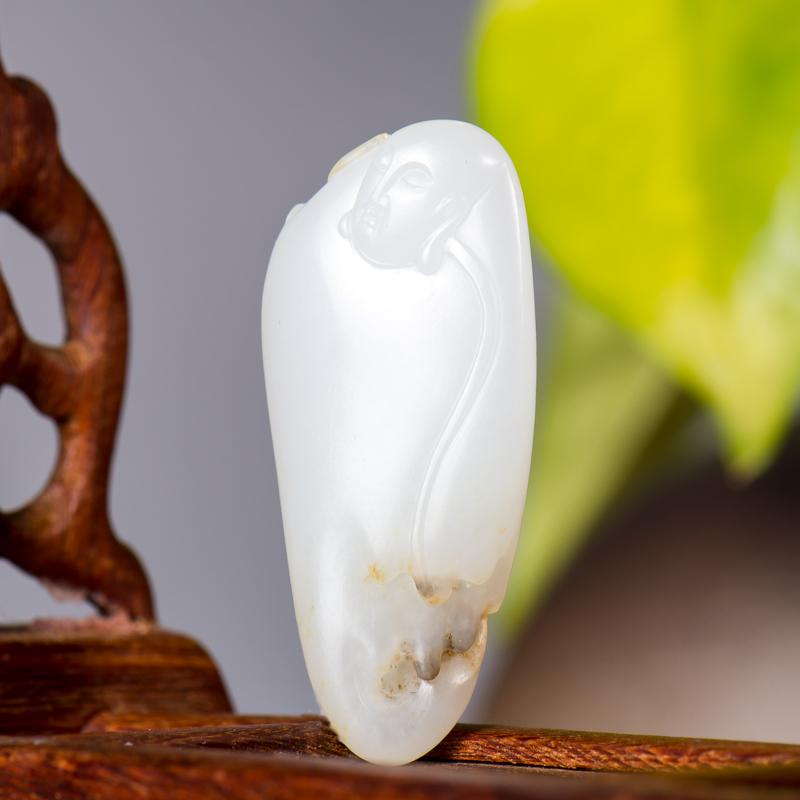新疆和田玉黄皮羊脂白玉籽玉挂件 悟莲 8.3克