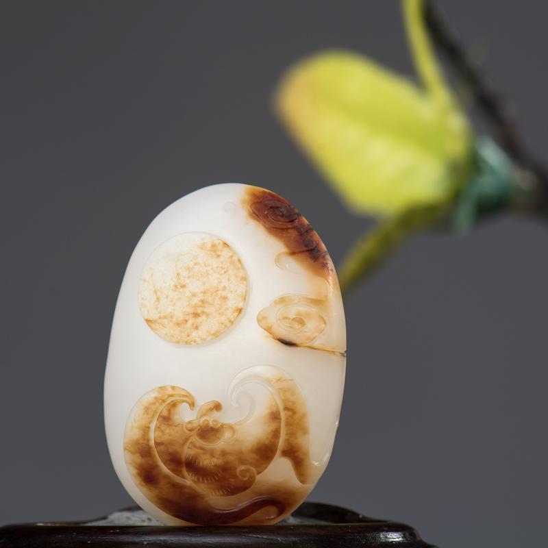 新疆和田玉枣红皮白玉籽玉挂件 福在眼前 8.5克