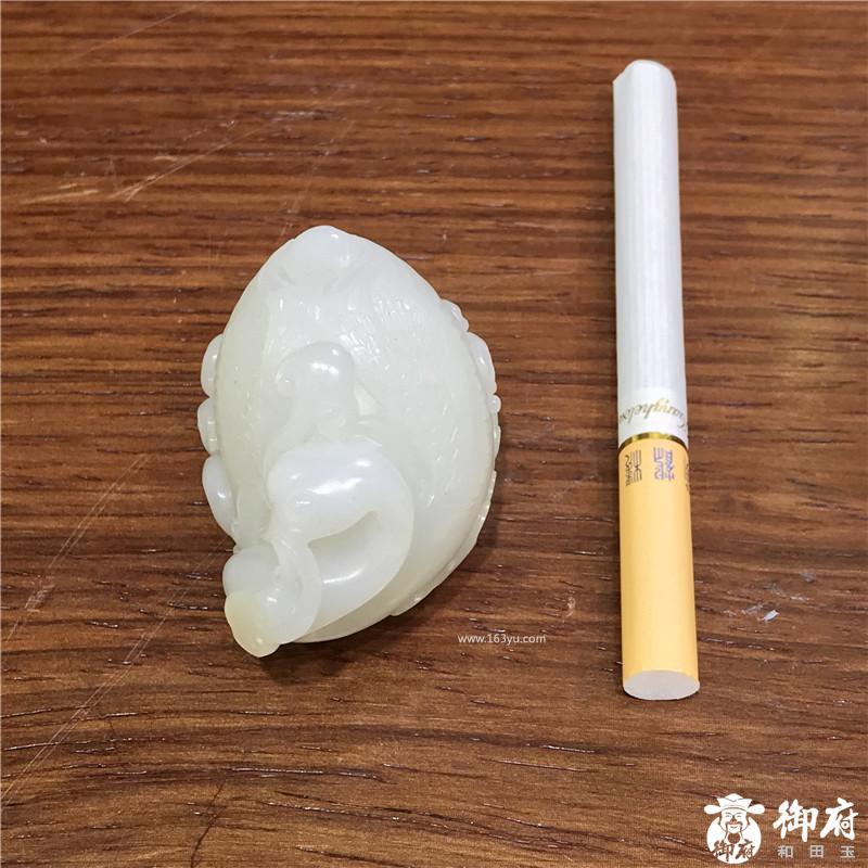 新疆和田玉黄皮白玉籽玉把件作品  鹅如意  72.7 克