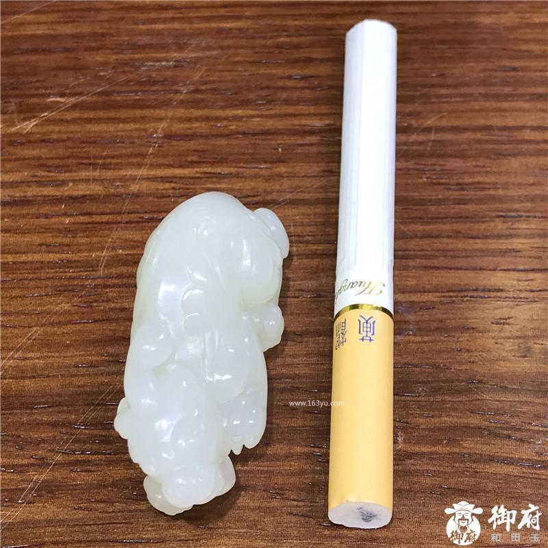 新疆和田玉黄皮白玉籽玉挂件 貔貅 24.3克