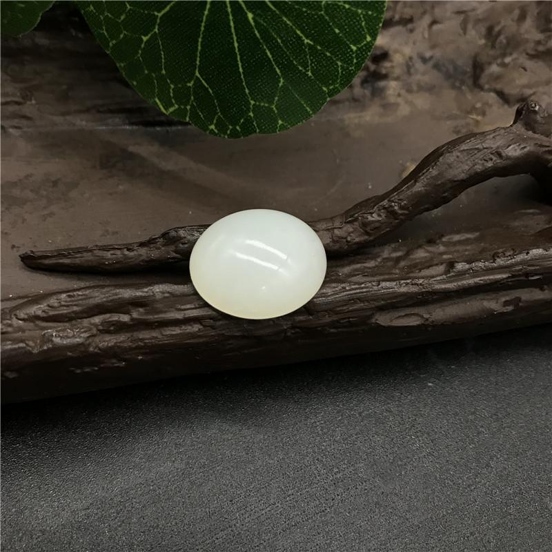 新疆和田玉白玉籽玉 椭圆蛋面 2.9g