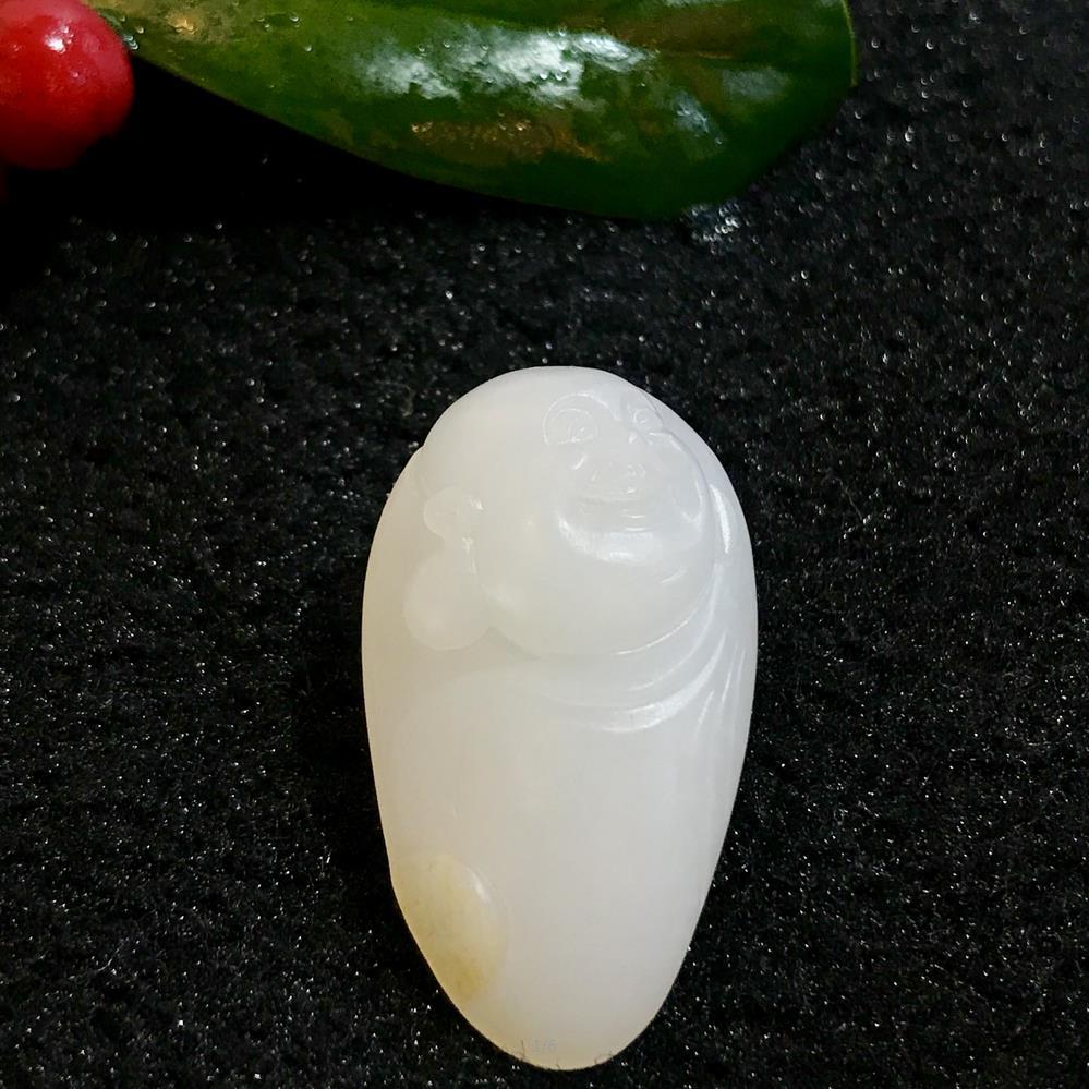 新疆和田玉黄皮一级白白玉籽玉 弥勒 9.3克