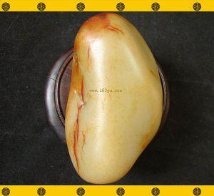 重660克 新疆和田红皮白玉籽料