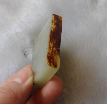 新疆和田--白玉籽玉红皮籽 切开牌料