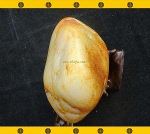重930克新疆和田玉撒金皮白玉籽料