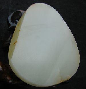 重145克新疆和田玉黄皮白玉籽料