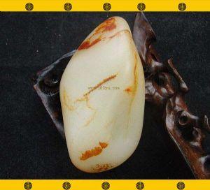 重208克新疆和田玉枣皮白玉籽料